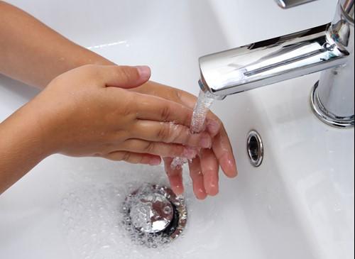 Vaak handen wassen ter voorkoming van een infectieziekte is van groot belang