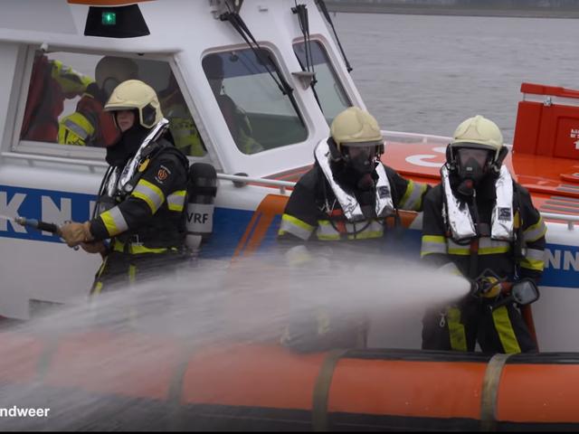Opstapregeling Brandweer KNRM - Still van video .png (1)